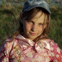 Деревенская девочка Аня :: Светлана Рябова-Шатунова