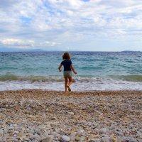 Ребёнок и Море. :: Jakob Gardok