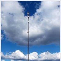 Облака и мачта :: vadim