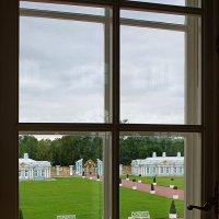 Вид из дворцового окна :: san05 -  Александр Савицкий