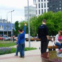 Весёлая забава - пускать мыльные пузыри! :: Ирина - IrVik