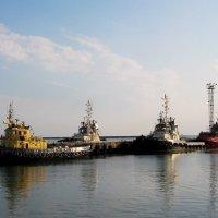 Мы пришли сегодня в порт :: Сергей Царёв
