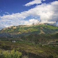 Село в ущельи :: M Marikfoto