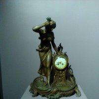 Стариннные часы эпохи Модерн. :: Светлана Калмыкова