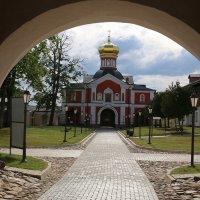 Надвратная  церковь, Иверский монастырь,16.06.13 :: Andrey Photorover