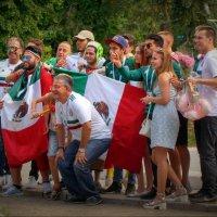 ¡Que viva México! :: Derjavin -