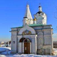 Церковь Георгия Победоносца в Коломенском :: Константин Анисимов