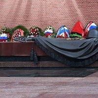 Война началась на рассвете, чтоб больше народу убить... :: Татьяна Помогалова