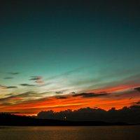 Июньский закат на Салонъярви :: Анастасия Плужник