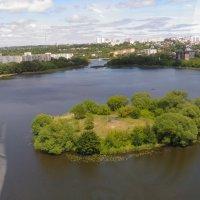 Красивый город с птичьего полета :: Оксана Романова