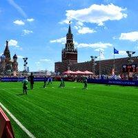 Футбол на Красной площади :: Анатолий Колосов