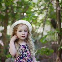 Девочка в лесу :: Юлия Яковлева