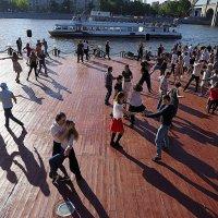 язык тела и ритма танца :: Олег Лукьянов