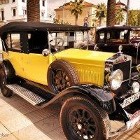 Старый автомобиль :: Сергей Беличев
