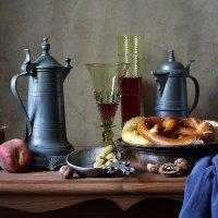 С брецелем, оливками и вином :: Елена Татульян