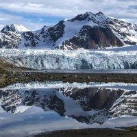 отражение ледника :: Георгий