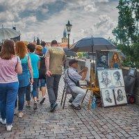 А художник берет краски и наносит на холст мазки... :: Tatsiana Latushko