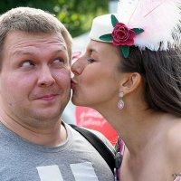 заслужил поцелуй :: Олег Лукьянов
