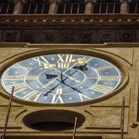 Бьют часы на сторой башне,,, :: Tatsiana Latushko