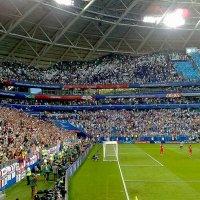 Английские футболисты благодарят своих болельщиков. Самара :: MILAV V