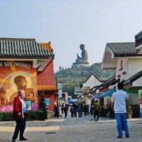 С видом на Большого Будду :: Андрей K.