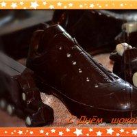 11 июля любители сладкого отмечают Всемирный день шоколада (World Chocolate Day). :: Ольга Русанова (olg-rusanowa2010)
