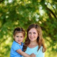 Летний день на пруду! Мама и дочка :: Дарья Дядькина