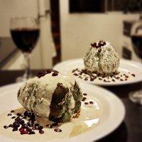 Мексиканский фаршированный перец в ореховом соусе (Chiles en nogada) :: Svetlana Galvez