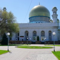 Алматинская центральная городская мечеть :: Сергей Беляев
