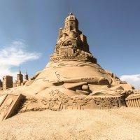 Замок из песка :: Наталья Левина