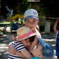 детский хрупкий мир :: Лидия Ханова