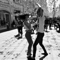 Уличные танцы! :: Николай Кондаков