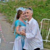 Танец. :: Александр Зуев