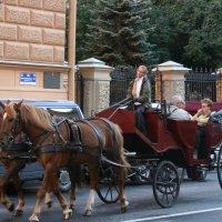 извозчик, отвези меня домой :: Дмитрий Солоненко