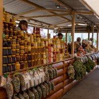 Продавец меда :: Валерий Михмель