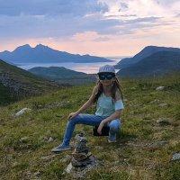Высоко в горах на фоне Норвежского моря. :: Инта