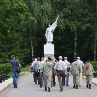 Великие Луки. Братское кладбище. 21 июля 2018 года... :: Владимир Павлов