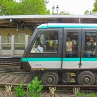 Поезд метро без машиниста. Париж. :: ИРЭН@ .