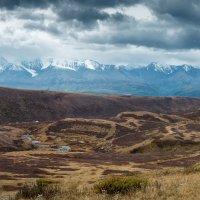 Северо-Чуйский хребет :: Максим Бородин