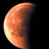 Красная луна :: Александр Михайлов