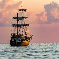 Корабль :: Валерий Шурмиль
