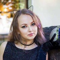 Девушка-Кошка. :: Александр Лейкум