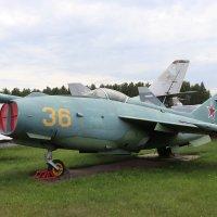Як-36 самолет вертикального взлета и посадки 1964г. :: Andrew