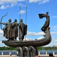 Памятник легендарным основателям Киева :: Тамара Бедай