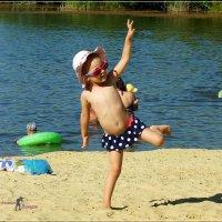 Будущая гимнастка. :: Anatol L