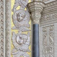 Элемент декора фасада Морского собора :: Nina Karyuk