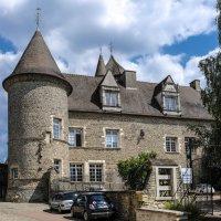 Замок-усадьба Арнэ-ле-Дюк (XVI век) (1) :: Георгий А