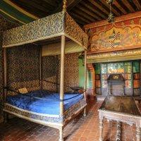 спальная замка Ла Рошпо :: Георгий