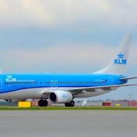 KLM :: Kylie Row