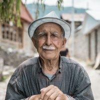 Human :: Babek Hasanov